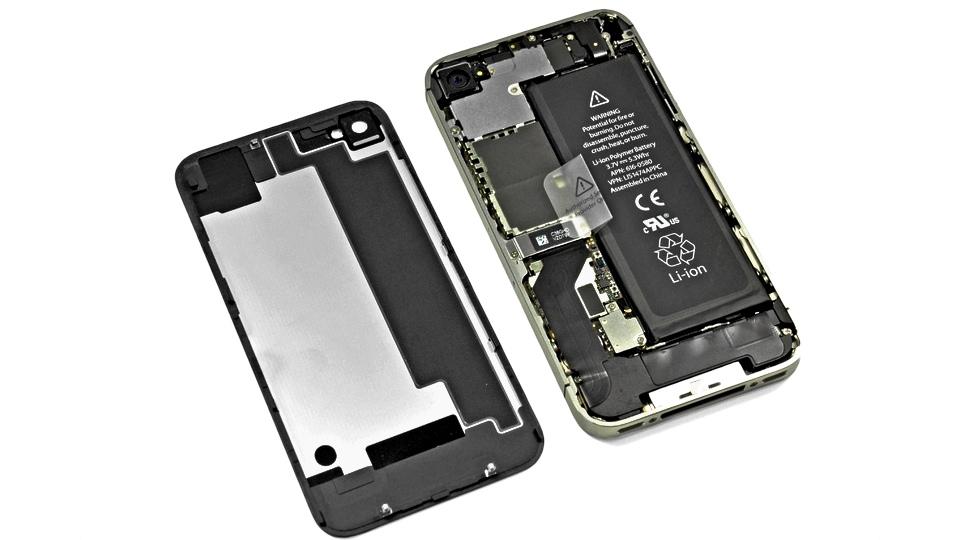 Снять крышку на iPhone не так сложно как кажется