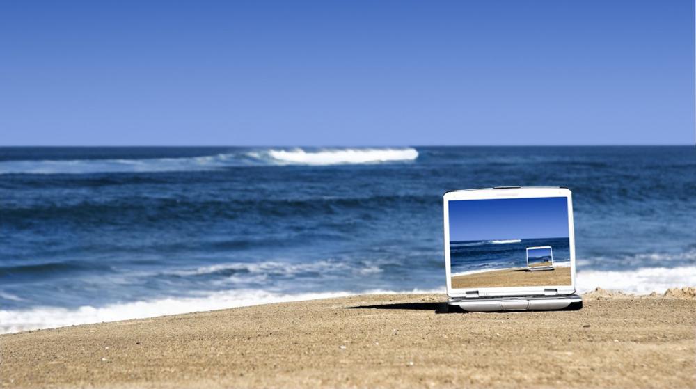 Нельзя оставлять ноутбук под открытым солнцем