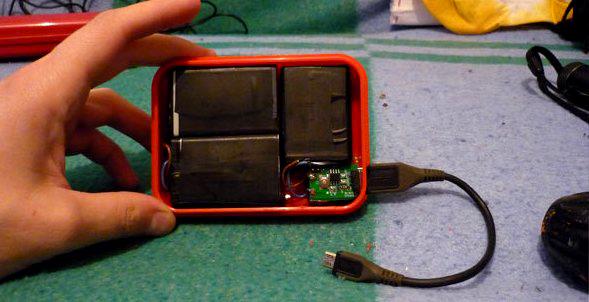 Повер банк из устаревших телефонных батареек