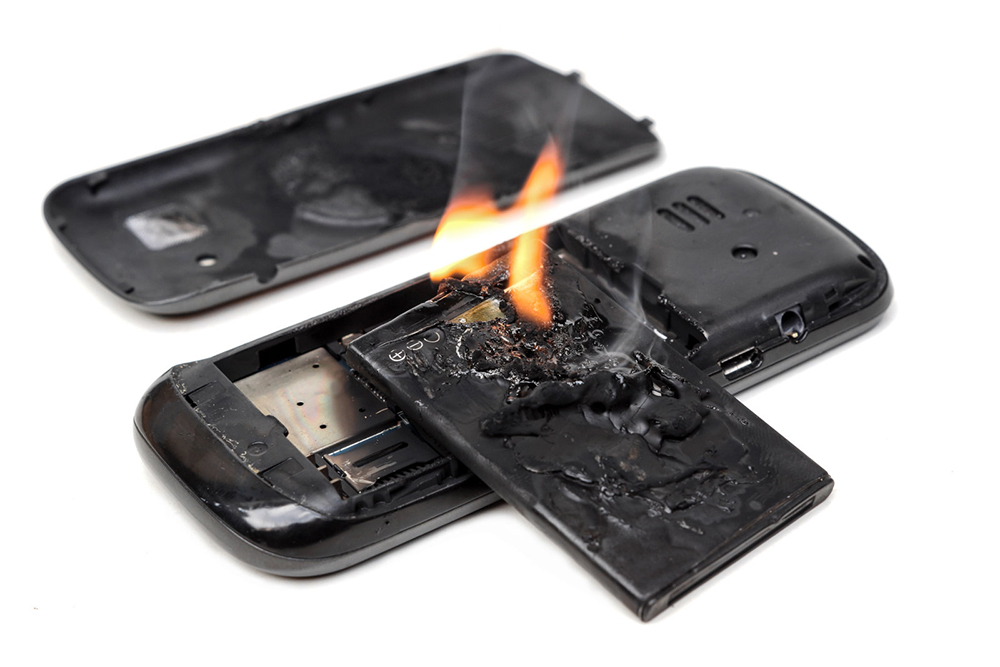 Возгорание батареи телефона