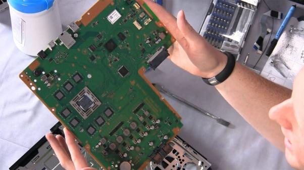 Ремонт консоли PlayStation 4