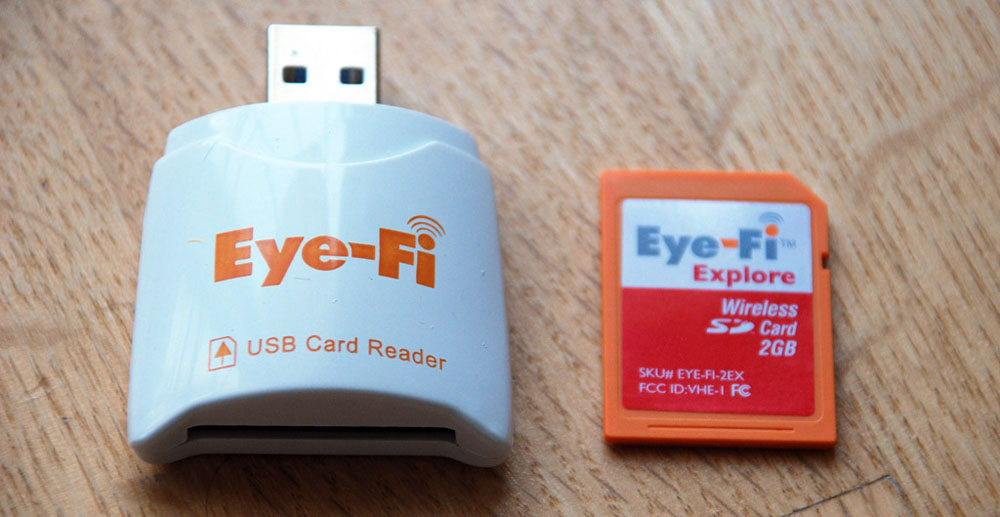 Адаптер и карта формата Eye-Fi