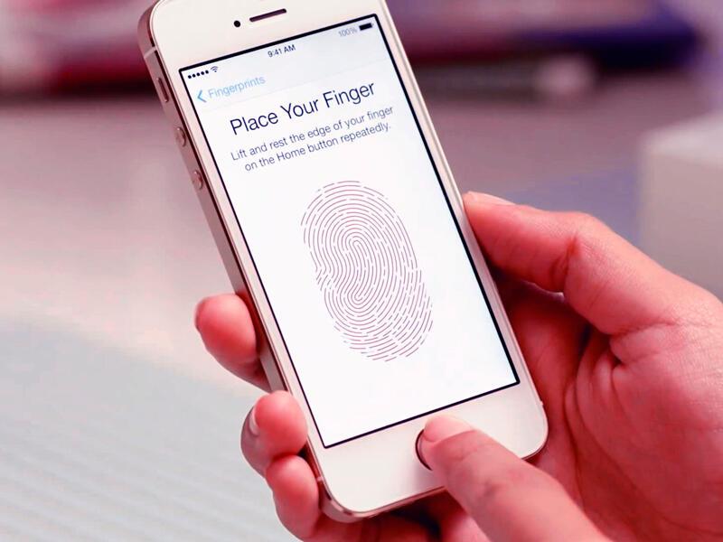 Оплата с помощью iPhone c Touch ID