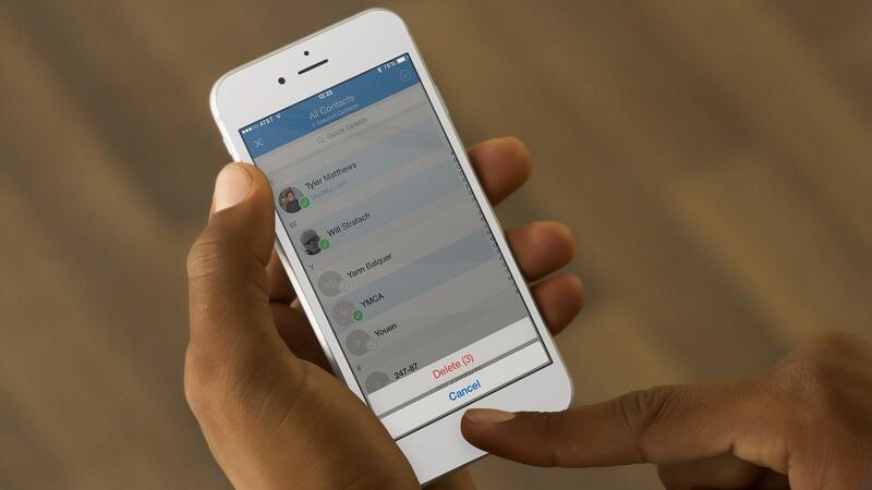 Удаление контактов на iPhone