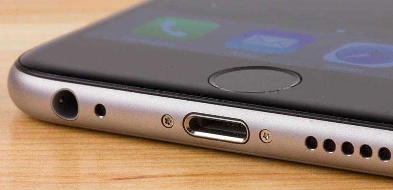 Порт для зарядки iPhone