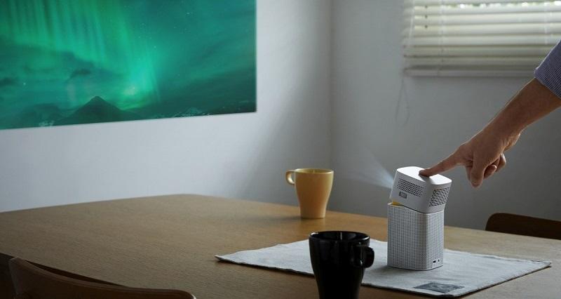 Компактный проектор для дома