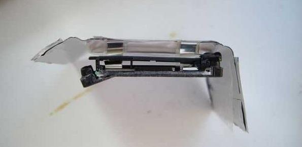 Разборка батареи телефона