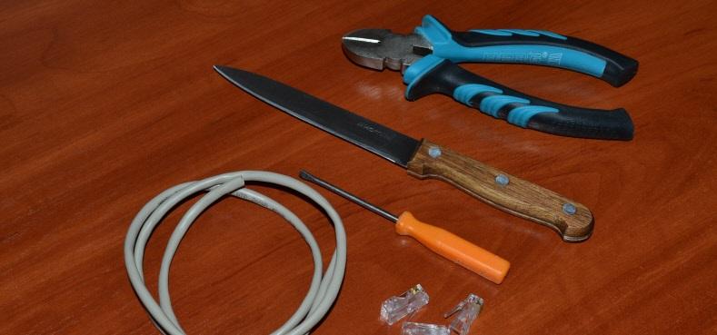 Необходимые инструменты для обжима кабеля