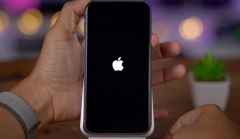 Включение iPhone после выключения