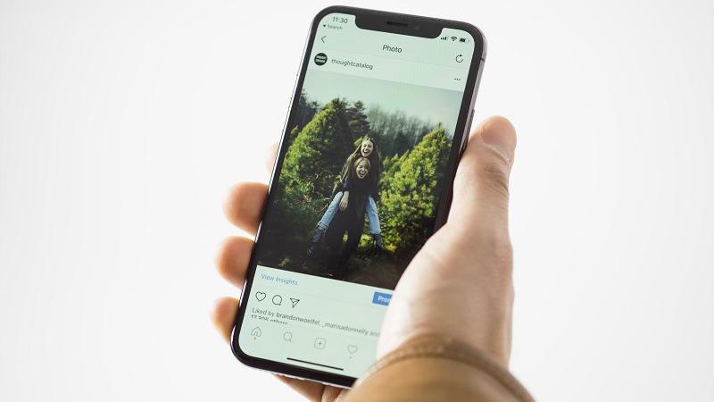 Репост в Инстаграме с iPhone