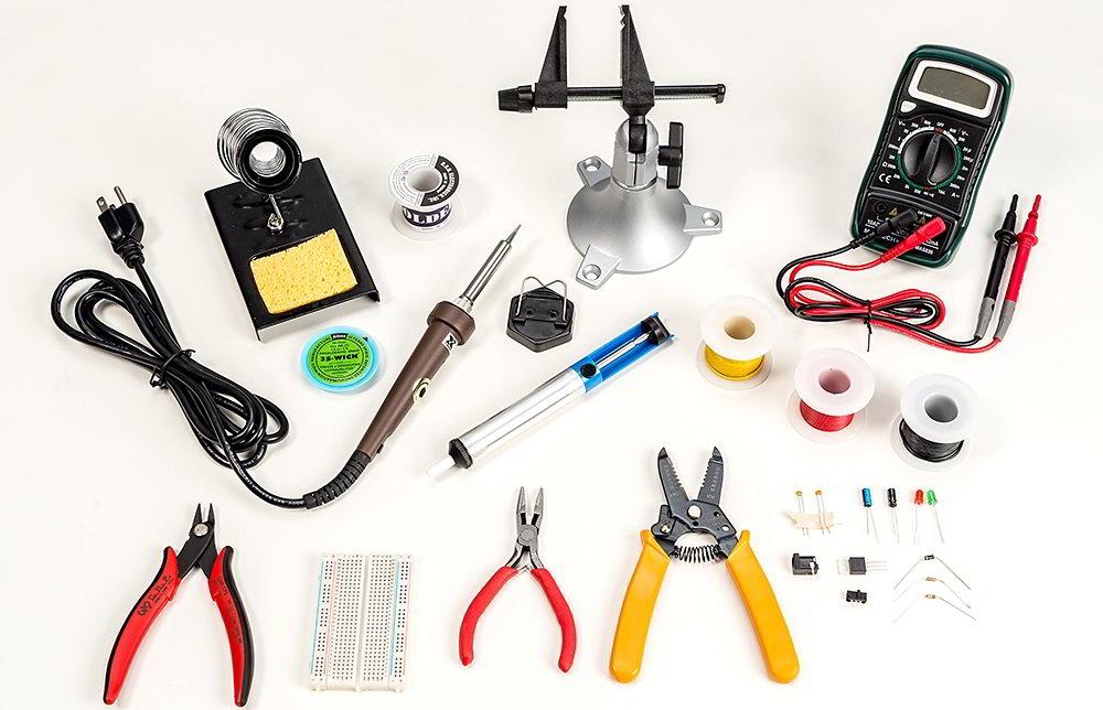 Инструменты для подключения ленты