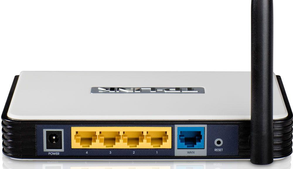 Разъёмы для подключения устройства к сети