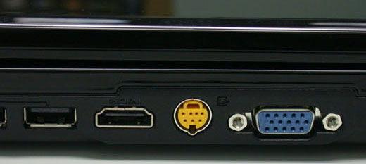 Разъём VGA на плате ноутбука