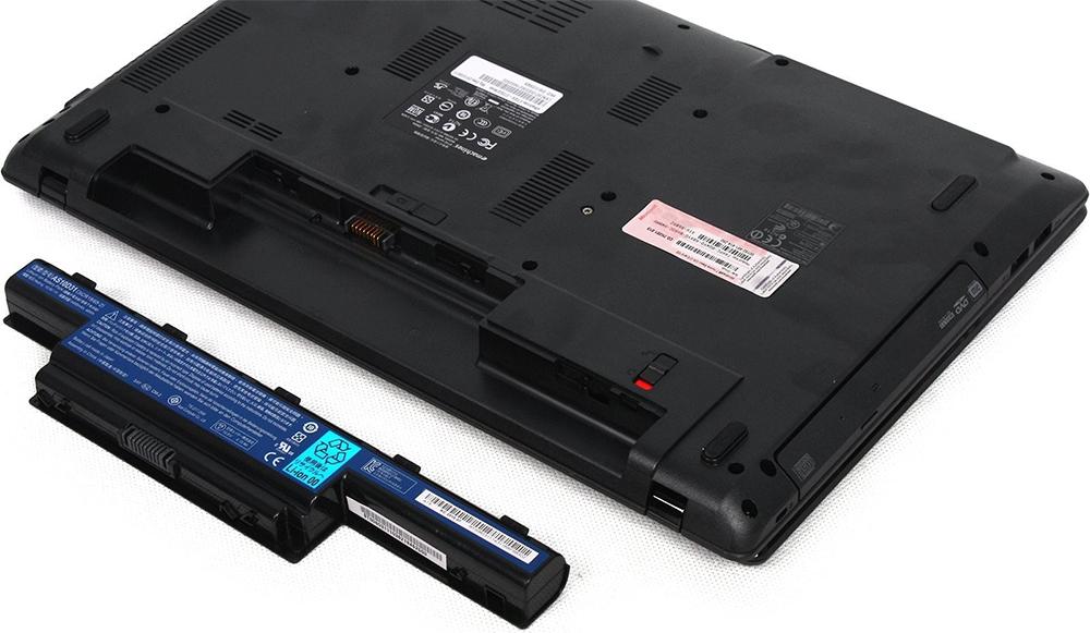 Вытащить батарею ноутбука