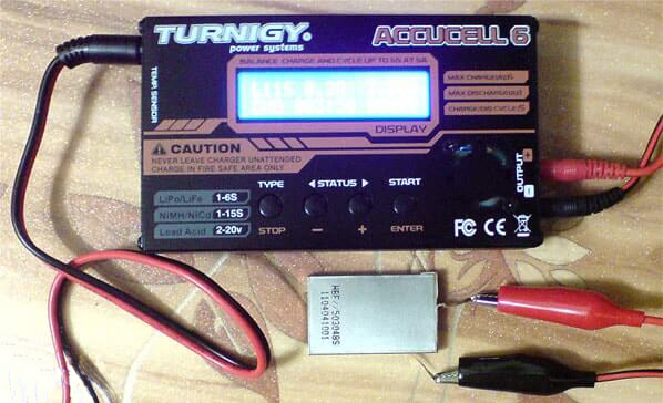 Turnigy Accucell 6